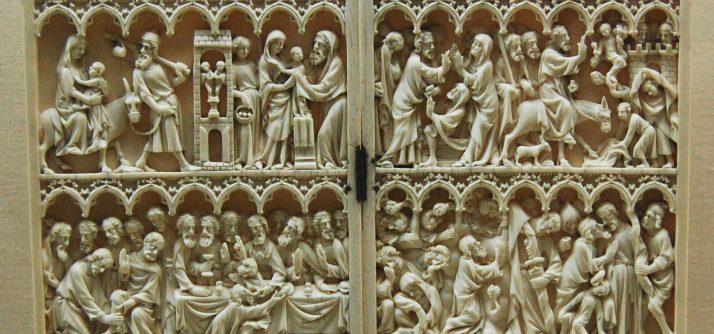 Objetos de devoção em marfim: dípticos e trípticos
