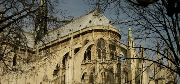 Notredame: olha o gótico aí gente!